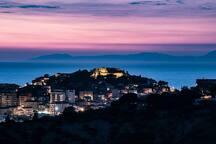 veduta notturna di Agropoli