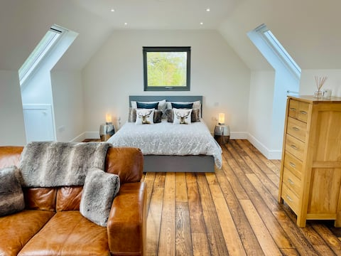 Deer Lodge, Luxury Studio for 2 - Nr Henley