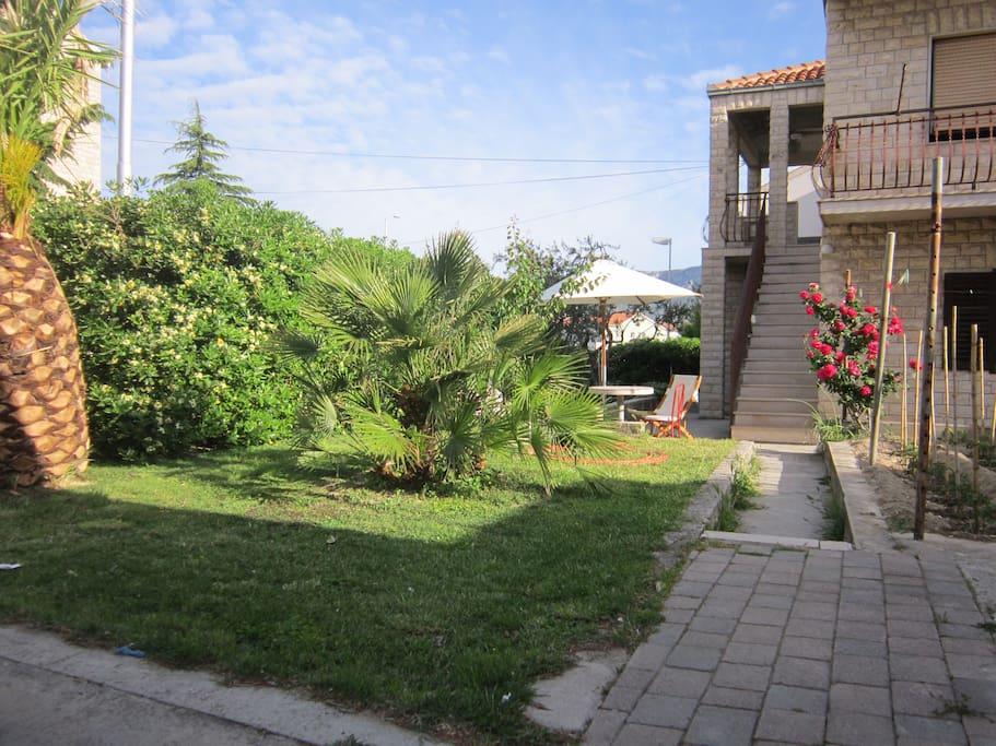 Garden Apartman