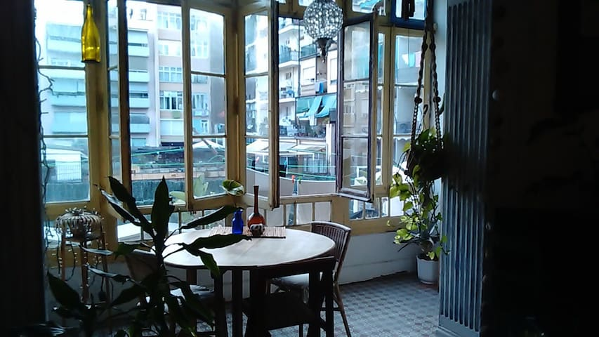 Big apartment in the heart of Barcelona. - Barcelona - Apartment