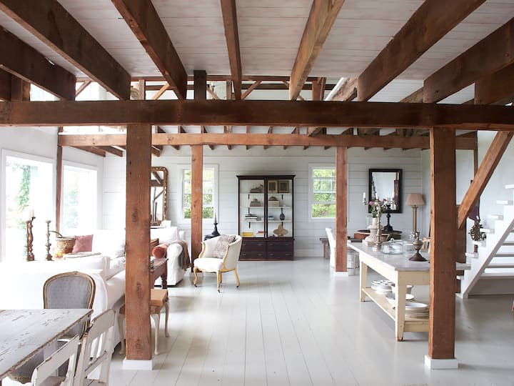 Scandinavian Upstate Barn with Catskill Views