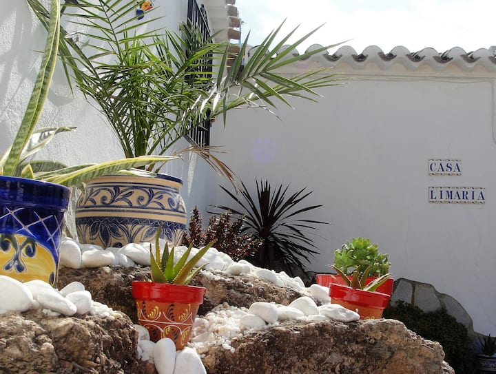 Luxury self catering cortijo in rural Andalucia