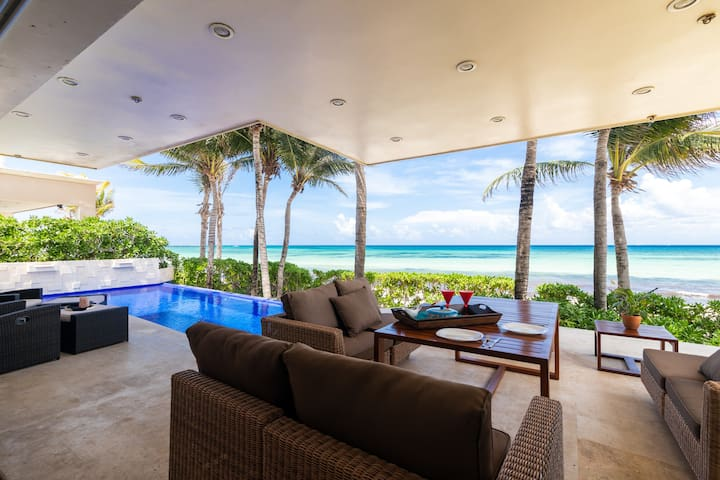 3 BDRM Oceanfront private pool house for 6!