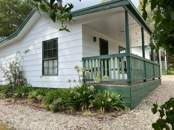 Jamieson Cottage - Fernleigh Accommodation