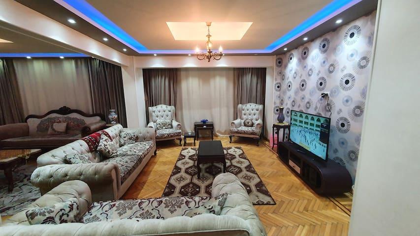 Cozy & Luxury Apartment 3-Bedrooms in Mohandessin