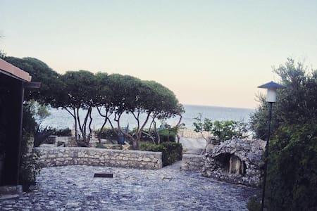 """Villa """"Petra"""" on Adriatic cliff in Salento - Castro Marina"""