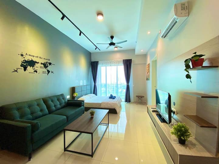 13A13A/10mins walk to Jonker/Sea& City view/8pax