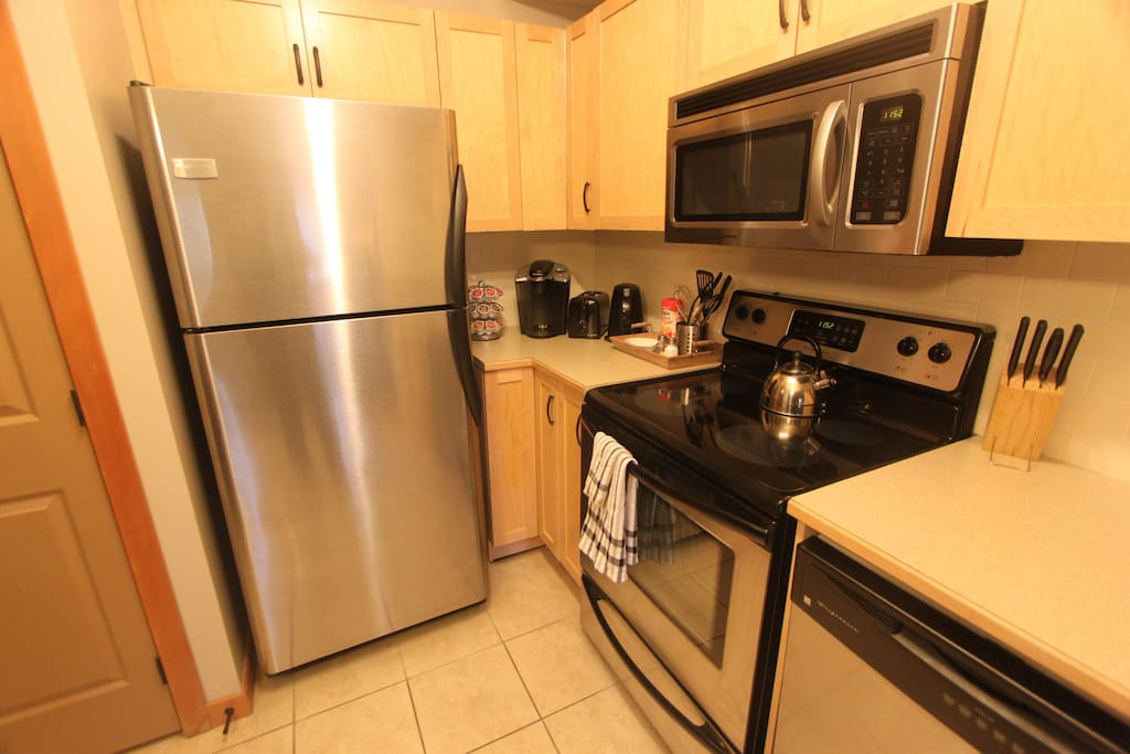 Fully equipped kitchen with coffee