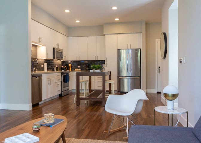 Kasa | Santa Clara | Exquisite 2BD/2BA Apartment