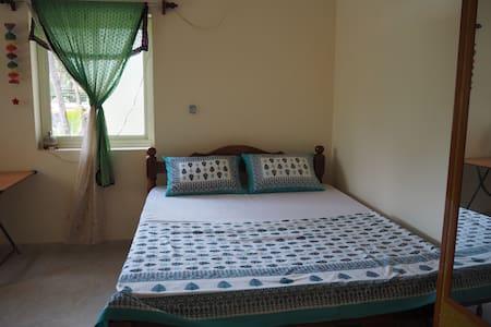 Charlotte Holiday Apartment - Canacona - Pis