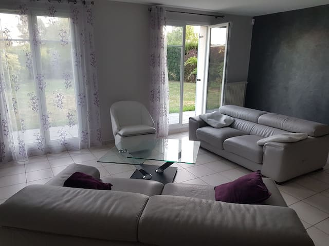 Maison 3 rooms lits doubles, 2 sdb privatives