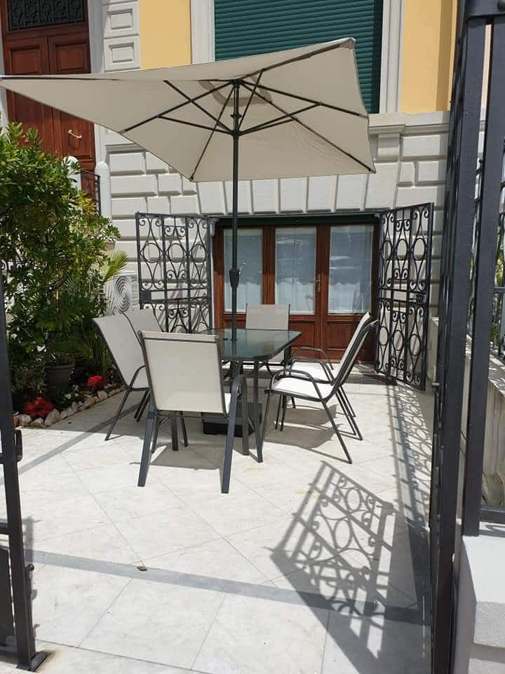 Appartamento Fronte mare con resede privata