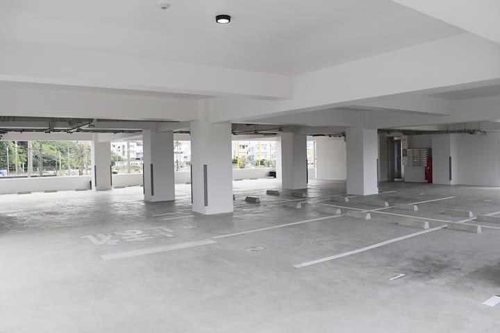 駐車場、停车场