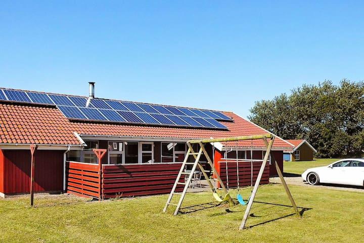 Maison de vacances moderne dans le Jutland avec sauna
