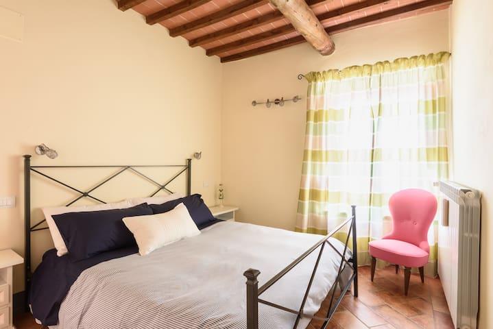 Agriturismo Baciano - Appartamento Beccaccia - Capolona - Lägenhet