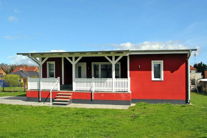 4 star holiday home in Senftenberg
