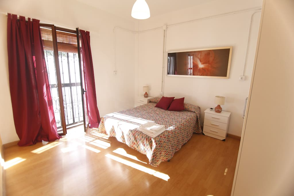 Amazing apartment in the center chambres d 39 h tes louer for Chambre d hote espagne