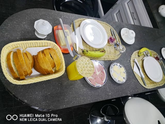 Complete free breakfast for Movacances valauable guest