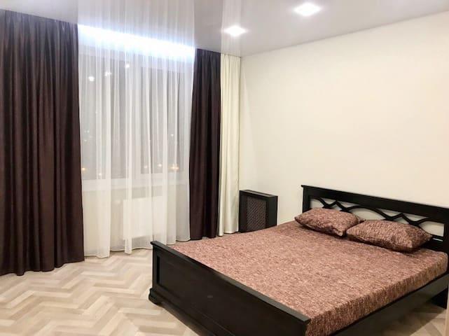 НОВАЯ полноценная однокомнатная квартира, В ЦЕНТРЕ
