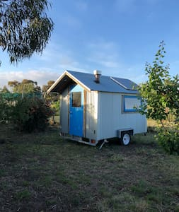 Torquay Farmstay Tiny Home in the Orchard