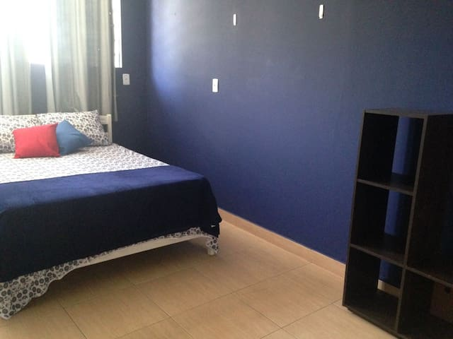 Bedroom with A/C near Congonhas Airport - Sky