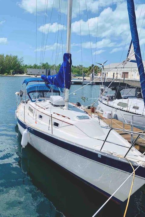 """1984, 32 voet Irwin zeilboot  """"Sea Raven Six"""""""