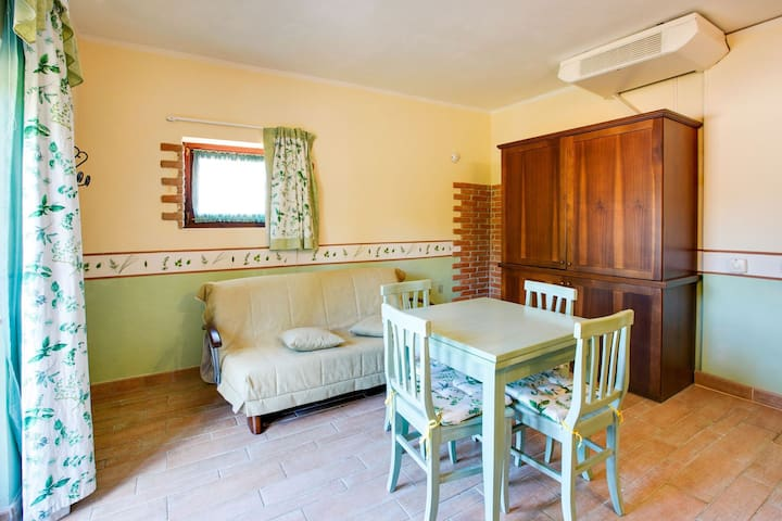 Fijn appartement in Castiglione del Lago met zwembad