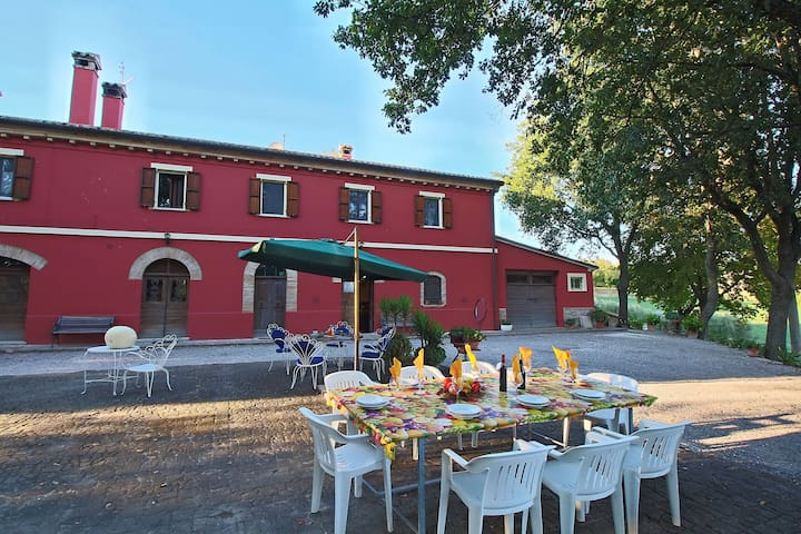 Beautiful farmhouse in the hills near the Adriatic coast