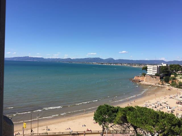 Playa y mar - Salou - Apartment