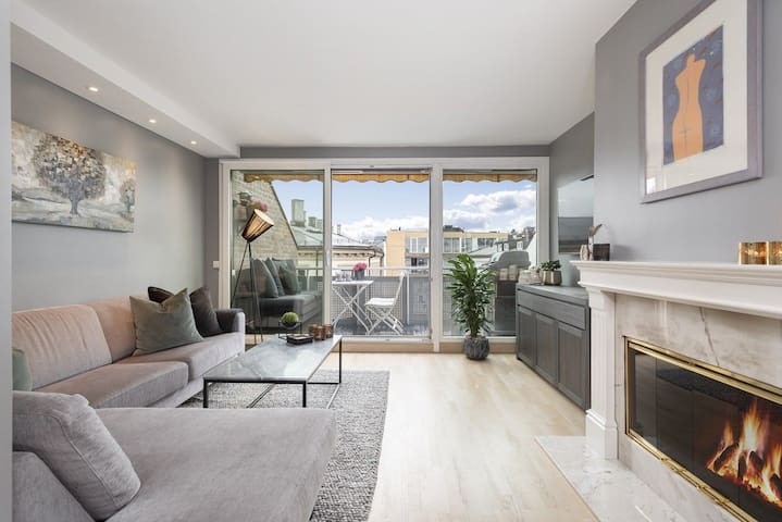 Renovated and spacious 2 bed apartment. 6th floor