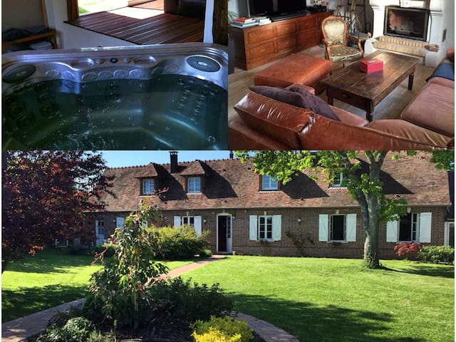 Old Farm in Normandy close to Paris. 3BR