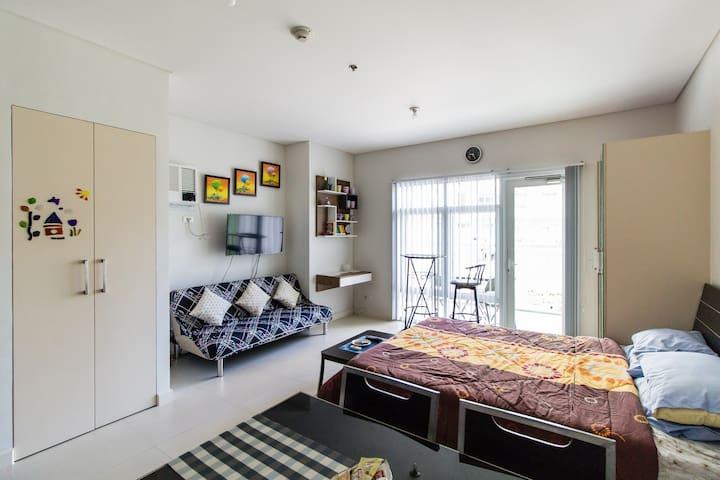 Cozy studio in BGC, across SM Aura - Taguig - Apartment