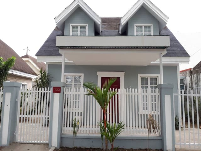 #122 Bel-Air House in Sta Rosa Laguna