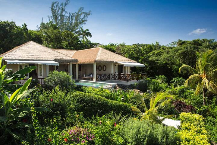 Divine 3-Bed Villa in the Heart of Mustique