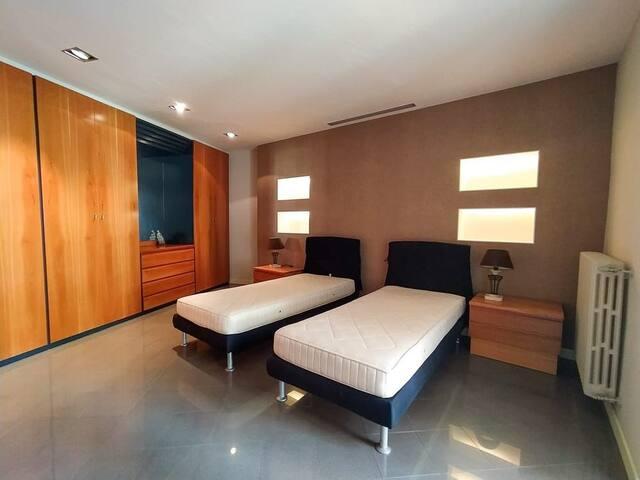 Appartamento arredato con gusto, centrale