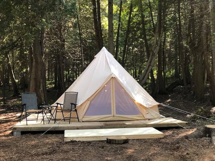 Tiki Hut Yurt- Kona