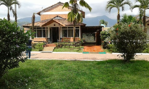 Wonderful Colombian Condominium in the Nature