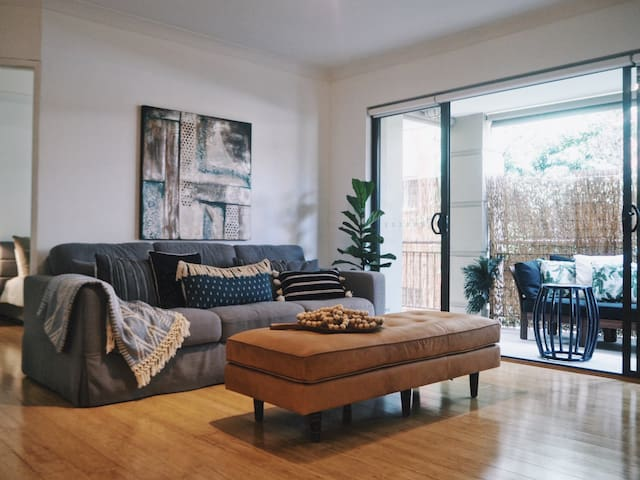Dee Why Beach 2 Bedroom Apartment