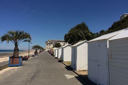 bord de mer**~ plage à 20m/annulation sans frais
