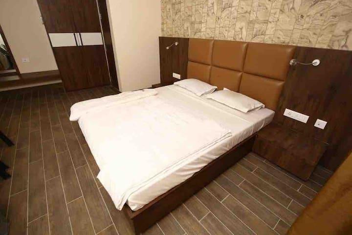 Manbhavan Apartments