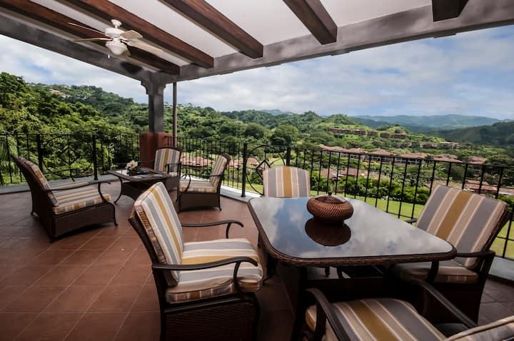 Amazing Luxury Ocean View Condo!