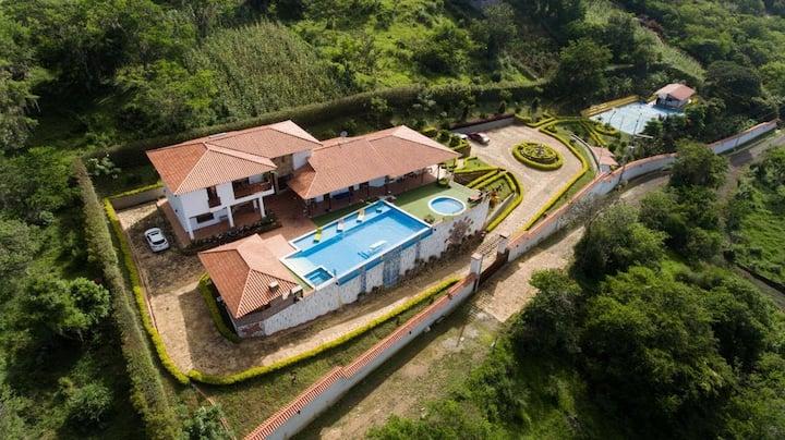 Villa Salomé la mejor vista y clima de la región