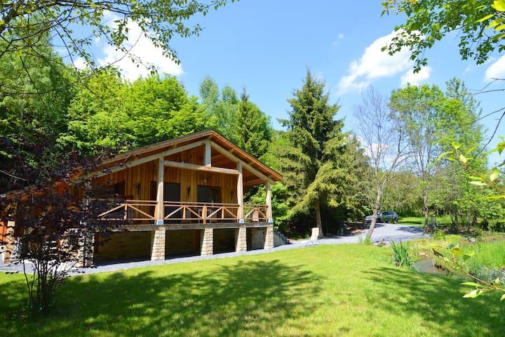 Bellissimo cottage con vasca idromassaggio ad Arville