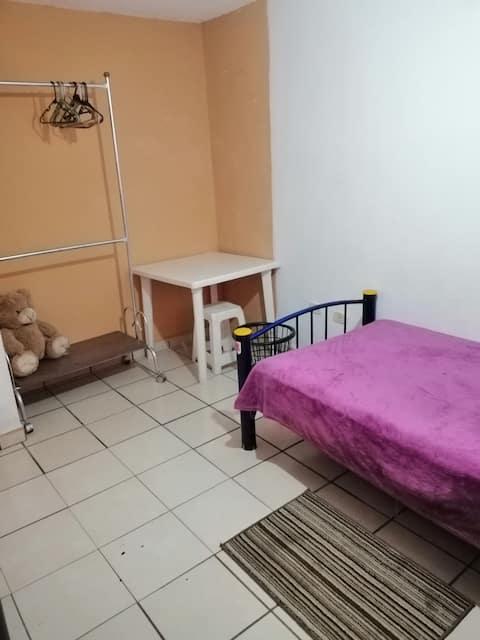 Habitación con servicios incluidos