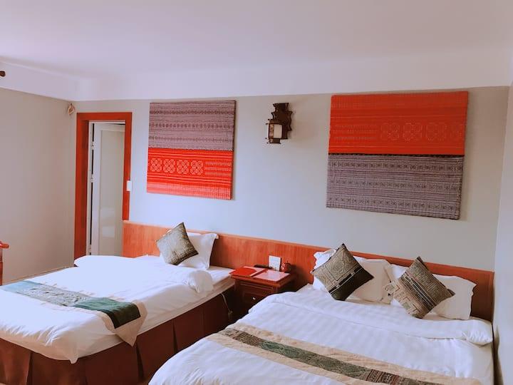 Sapa O'Chau Hotel - Triple Room (Tau Chinh)
