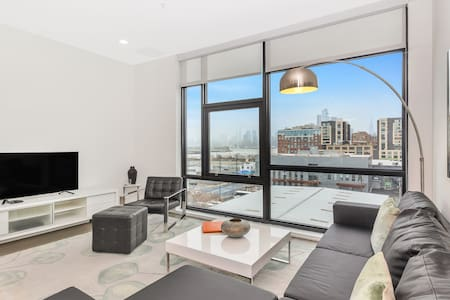 Dharma | Hoboken | Picturesque 2BR + NYC Views