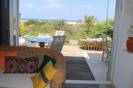 Beach front House Caesarea - Caesarea - Haus