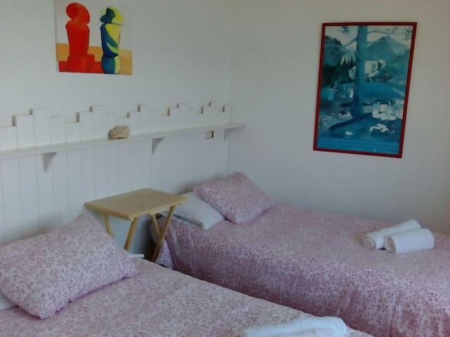 Dormitorio 2 doble con vistas mar