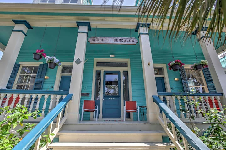 Vibrant Galveston Apartment - 6 Blocks to Beach!