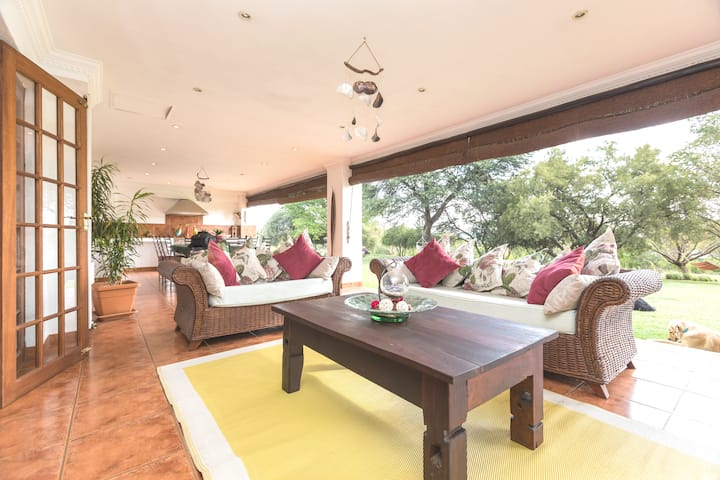 Chartwell Country Manor. Close to Lanseria Airport